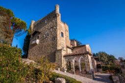 Castello di Monterone - vista dal roseto
