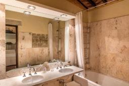 Camera dell'Etrusco - Bathroom